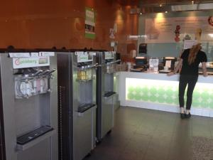 For several months, Pinkberry has been quietly testing self-serve machines in at least two Southern California locations.