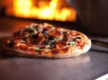 635956324548767023-pizza-4